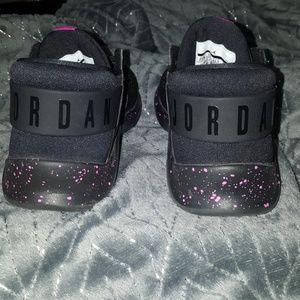 new style 18d79 cea18 Jordan Flight Fresh Sneakers